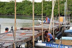 Mantenimiento al refugio pesquero 7 de agosto.